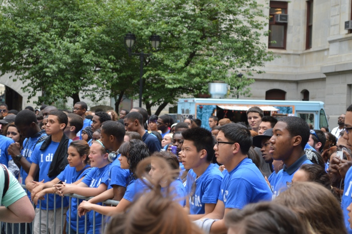 Philly Rising's Amanda Finch volunteers at PhillyGoes2College's Top of the Class Parade