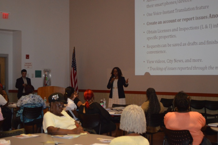 Chief Customer Service Officer Rosetta Carrington Lue speaking at the Citizen's Engagement Academy